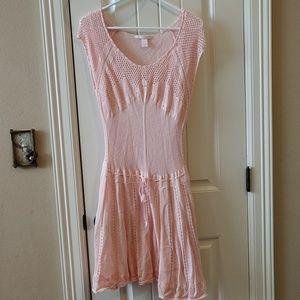 Sweet pink cap sleeved sweater dress
